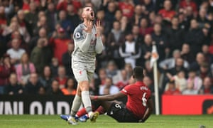 Liverpool's Jordan Henderson reacts as Liverpool struggle to open up Manchester United