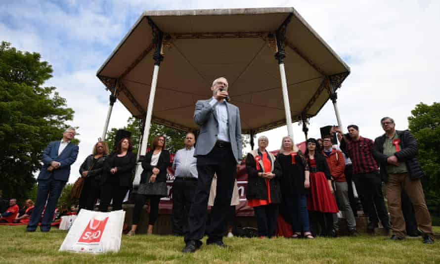 Jeremy Corbyn addresses a European election campaign rally in Bootle.