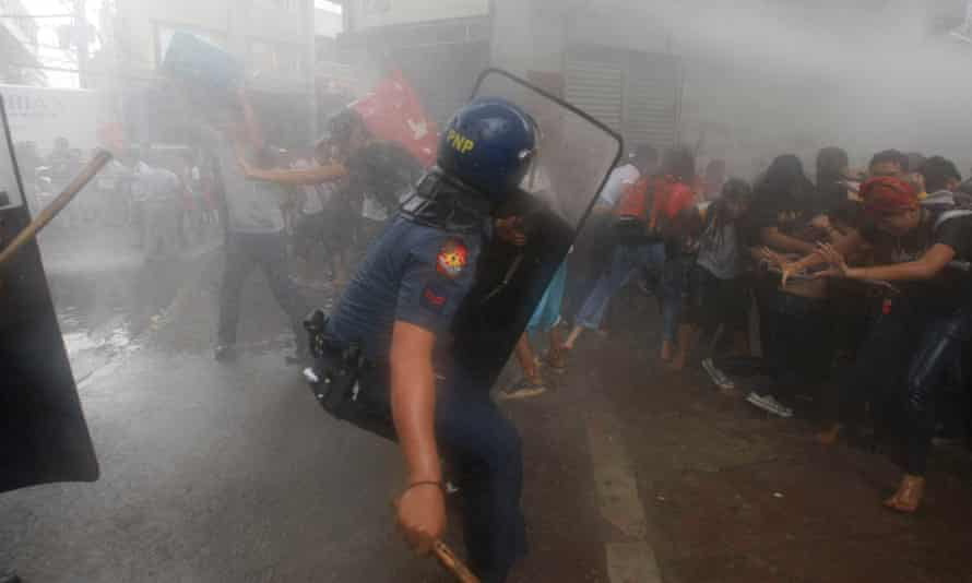 Protesters in the Phillipines were dispersed by police as they demonstrated over inequality in 2011.