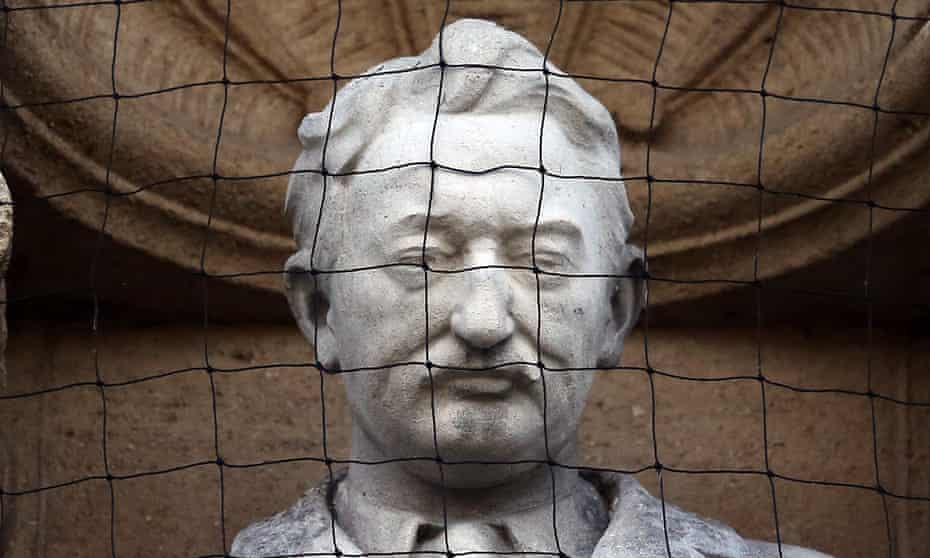 head of statue of Cecil Rhodes