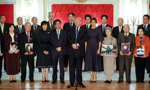 Donald Trump meets former abductees of North Korea with Shinzo Abe.