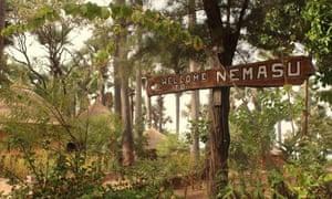 Nemasu Ecolodge right on the beach near the village of Gunjur