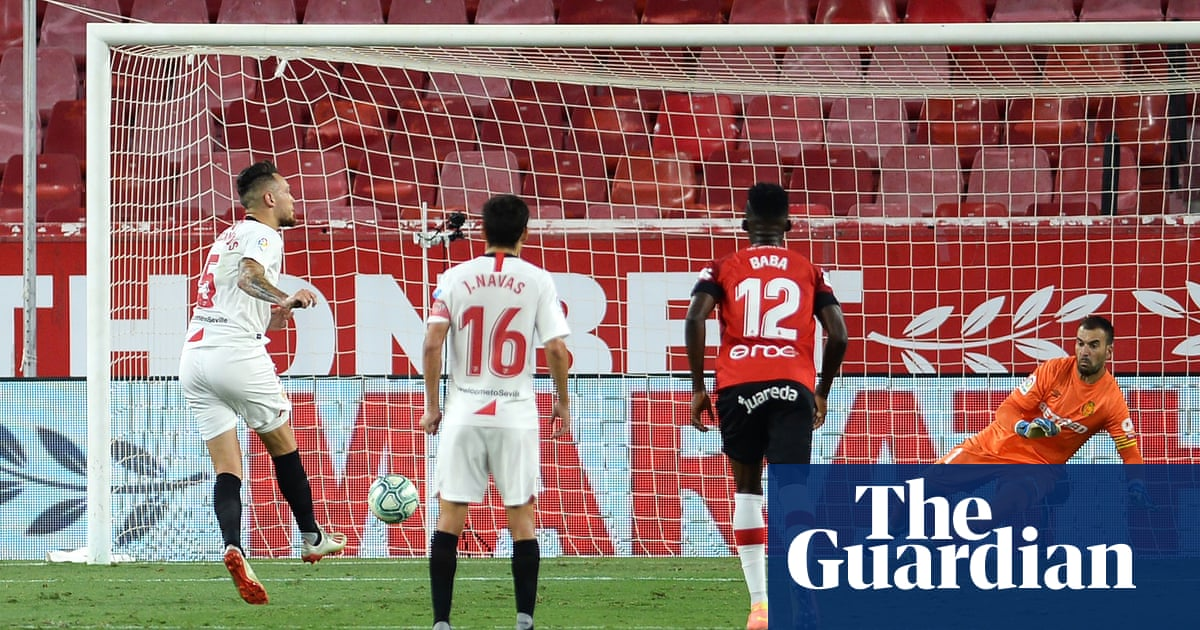 Dont look now: Ocampos hits the spot to almost seal Sevillas dream finish | Sid Lowe