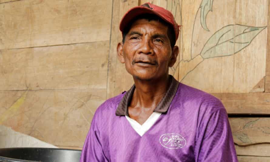 Farmer Santiago Vásquez