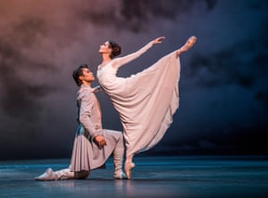 Ryoichi Hirano (Leontes) and Lauren Cuthbertson (Hermione) in The Winter's Tale.