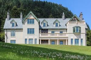 Fantasy bigfamily : Rhayader, Powys