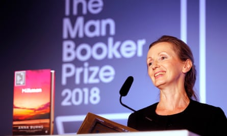 The Duchess Of Cornwall Presents The Man Booker Prize 2018LONDON, ENGLAND - OCTOBER 16: Writer Anna Burns accepts the Man Booker Prize for Fiction 2018, the prize's 50th year, at the Guildhall on October 16, 2018 in London, England. (Photo by Frank Augstein - WPA Pool/Getty Images)