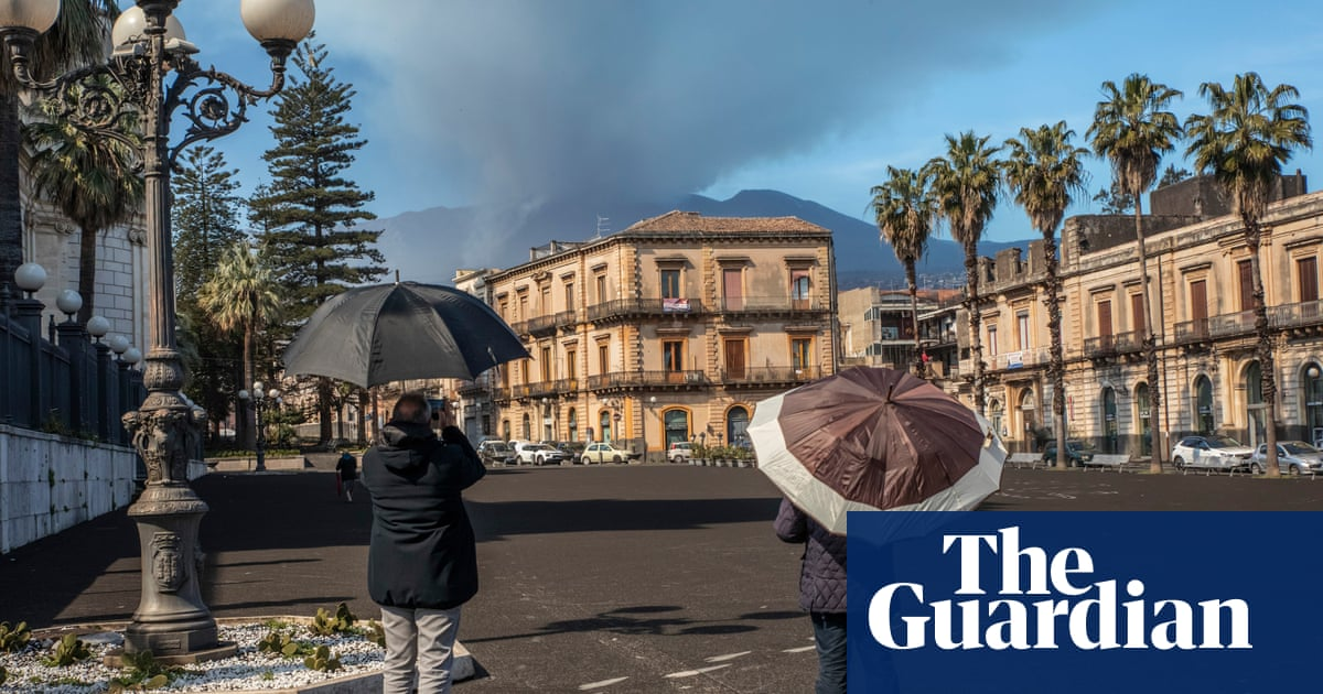 Sicilian towns face bankruptcy over Etna clean-up costs