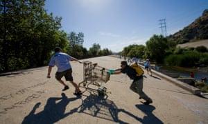 """Folar's annual """"La Gran Limpieza"""" clean-up of the LA River."""