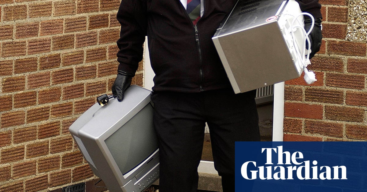 Hassle and harassment as debt collectors chase wrong people for money