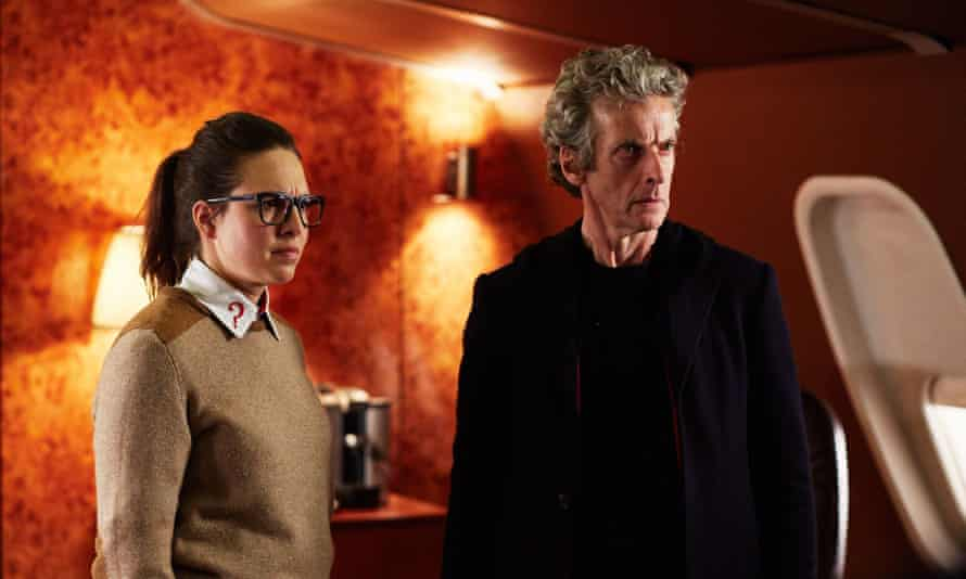 Osgood (Ingrid Oliver) and The Doctor (Peter Capaldi).
