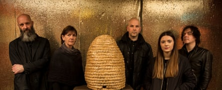 Be from left to right: Wolfgang Buttress, Deirdre Bencsik, Kevin Bales, Camille Buttress and Tony Foster