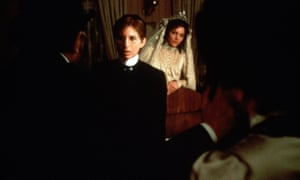 Barbra Streisand and Amy Irving (right) in Yentl