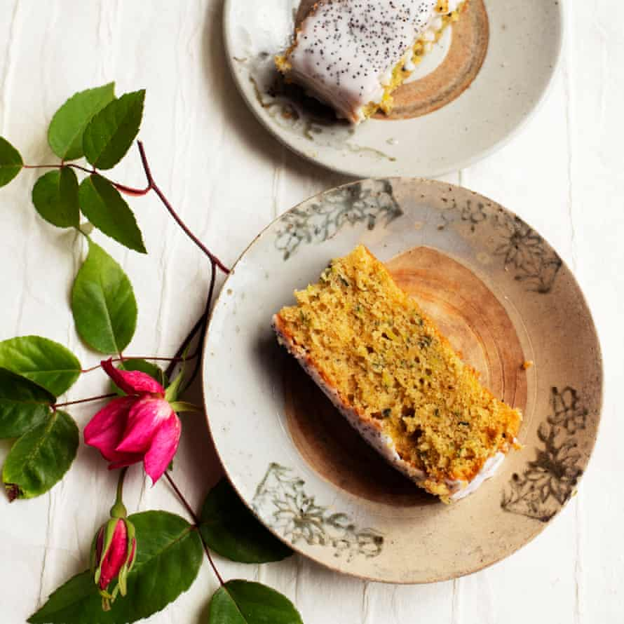 Courgette and lemon cake.