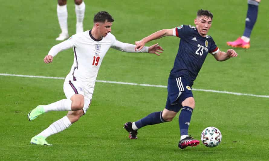 Billy Gilmour takes the ball away from his Chelsea clubmate Mason Mount.