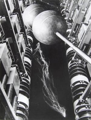 Energie, photomontage, 1931 by César Domela-Niewenhuis