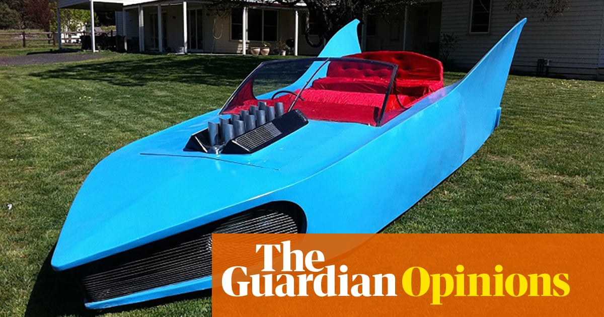 What led me to buy the gigantic blue Batmobile from the 1991 AFL grand final | Adam Collins