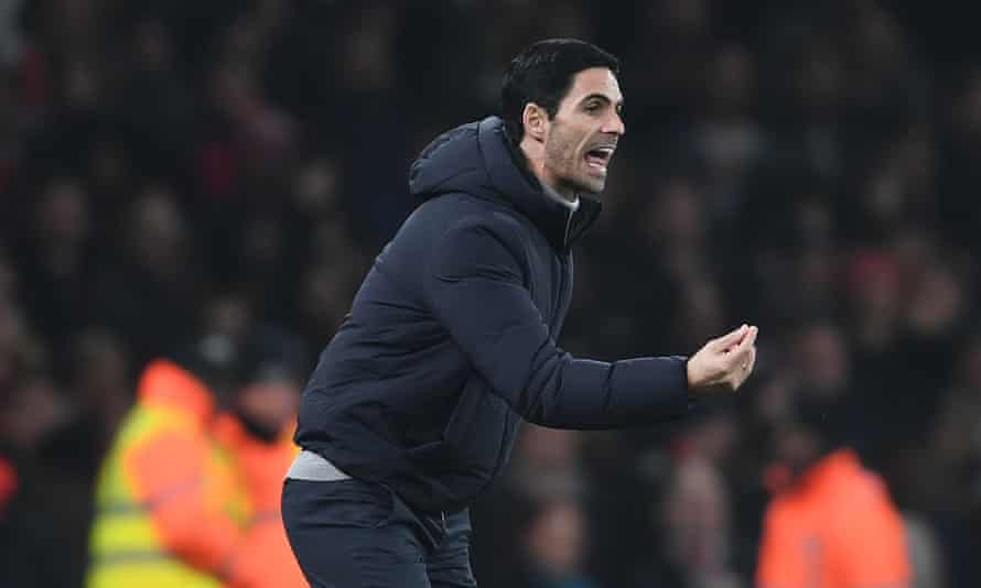 Mikel Arteta gives his players intructions during the recent win over Manchester United.