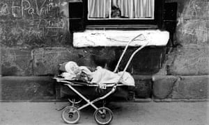 A tenement block in the Gorbals before demolition in the early 60s.