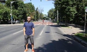 Alex Zamfir stands on the Kiseleff highway on the first Saturday of Via Sport's closure.
