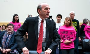 Elliott Abrams faced questioning over the US's past El Salvador policies on Capitol Hill.