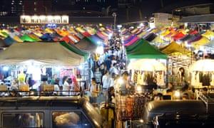 Rod Fai Market Ratchada in Bangkok