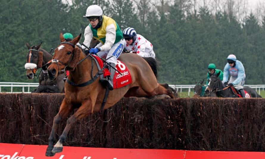 Cloth Cap, ridden by Tom Scudamore, produced a memorable round of jumping to win the Ladbrokes Trophy and is now a 25-1 shot for the Grand National.