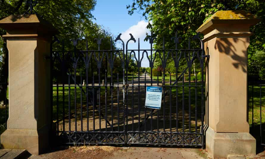 Gates to Albert Park, Middlesbrough, remaining closed. The local mayor is accused of ignoring government advice to reopen three of the town's parks.