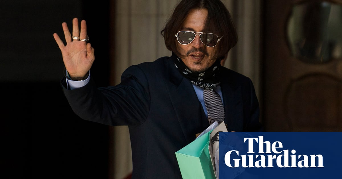 No signs of injury on Amber Heards face after alleged Johnny Depp row, court hears