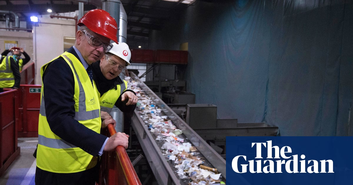 Packaging producers to pay full recycling costs under waste scheme