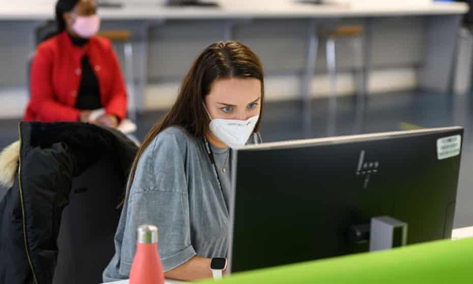 University staff say masks should be compulsory on campus.