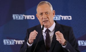 Benny Gantz delivers a statement in the central Israeli city of Ramat Gan, on 7 March
