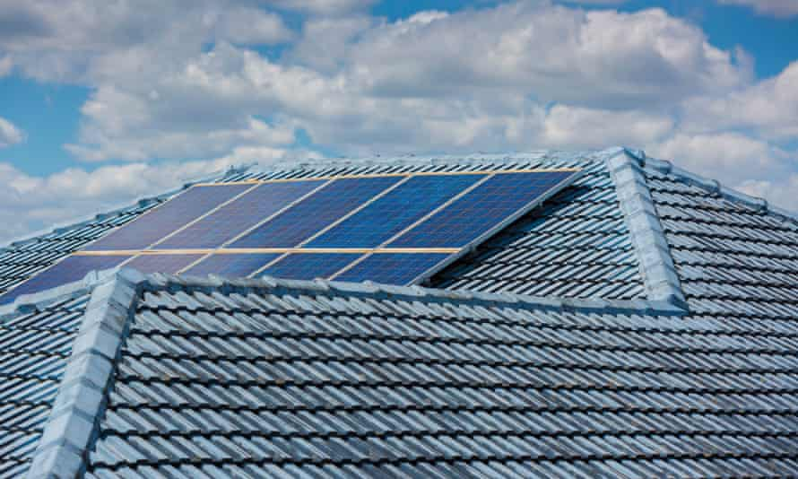 According to modelling by the energy analysts RepuTex, a rise in rooftop solar installations will help reduce wholesale prices .