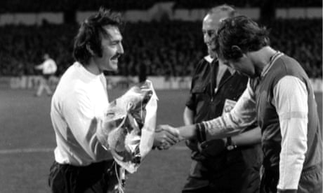 Jimmy Greaves takes a curtain call – archive, 18 October 1972