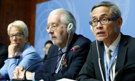 Paulo Pinheiro (centre), Vitit Muntarbhorn (right) and Carla del Ponte release a UN report on Yazidi genocide.