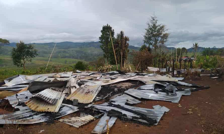 Police say they do not know how many homes have been destroyed in the fighting so far, but fear many people have been left homeless.