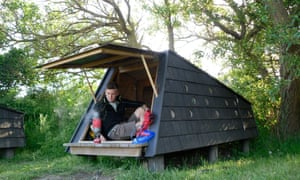 Richard Nelsson in a shelter on the island of Tasinge.