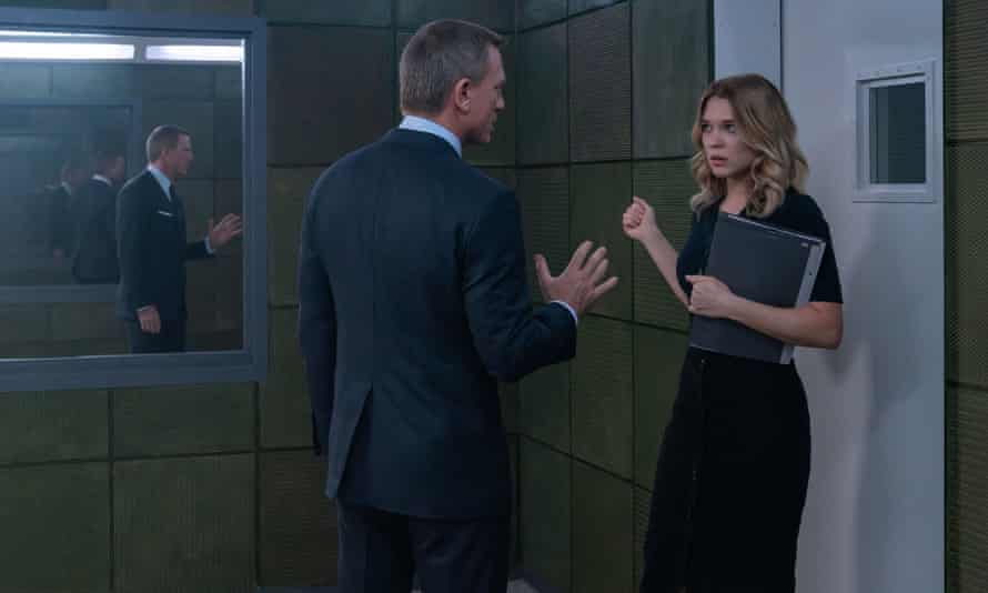 Daniel Craig and Lea Seydoux in No Time To Die