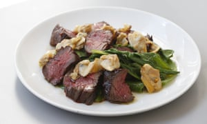 Onglet with pickled clams.