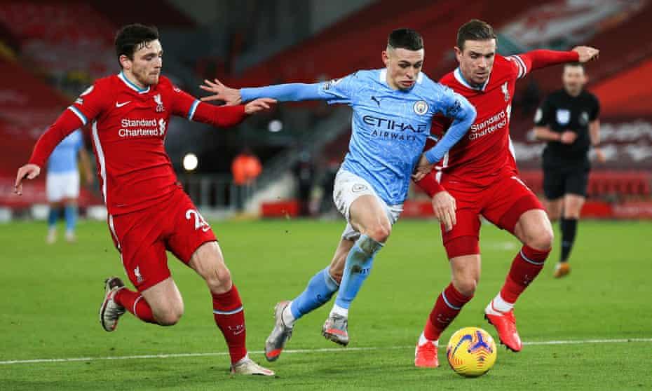 phil foden, liverpool'a karşı yarı ileri, yarı kanat oyuncusu, yarı top kazanan orta saha oyuncusuydu.