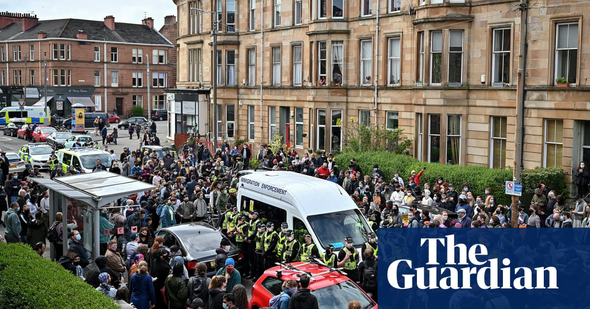 'A special day': how a Glasgow community halted immigration raid