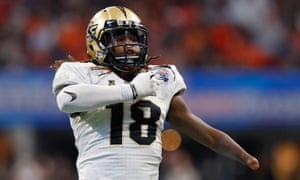 As Colleges Educate Players On >> Shaquem Griffin Can A One Handed College Star Make It In The Nfl