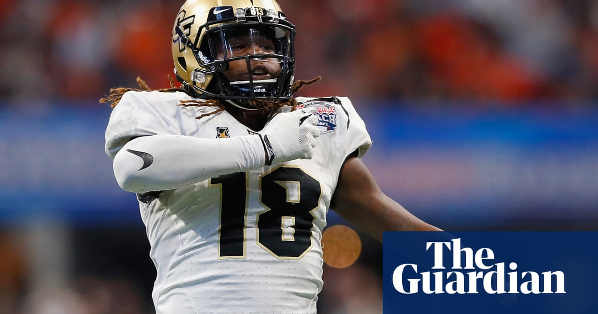 a6ee529af13 Tears as one-handed Shaquem Griffin joins twin brother in NFL for Seahawks