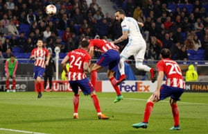 Konstantinos Mitroglou hits the post with a header