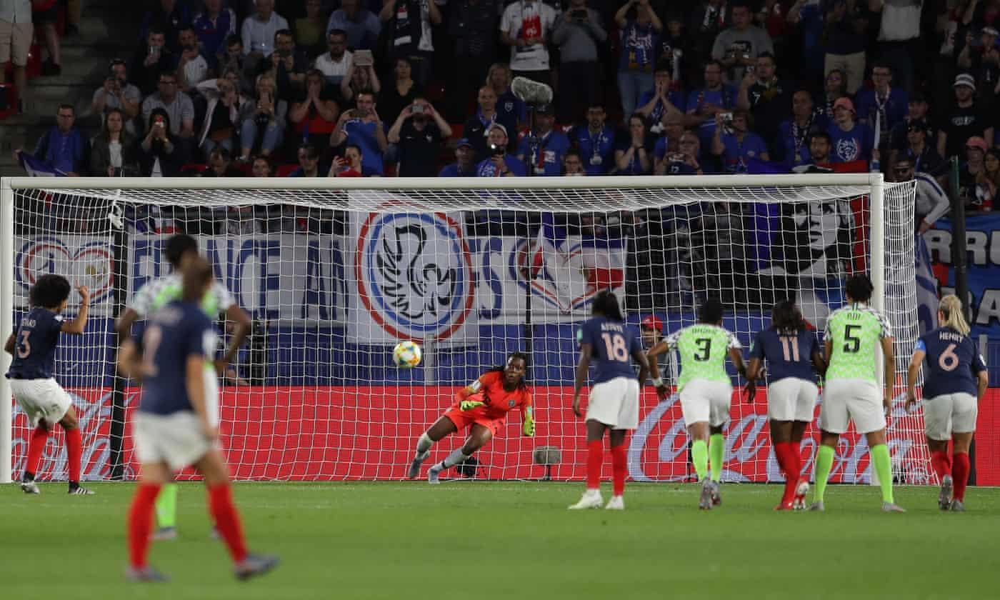 Wendie Renard's twice-taken penalty takes France past Nigeria