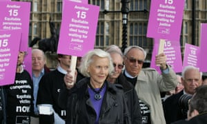 Actor Honor Blackman campaigns with the Independent Action Group for Current and Ex Equitable Life Policyholders outside Westminster in 2009.