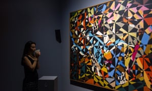A woman experiences a David Bomberg painting in the Tate Sensorium.
