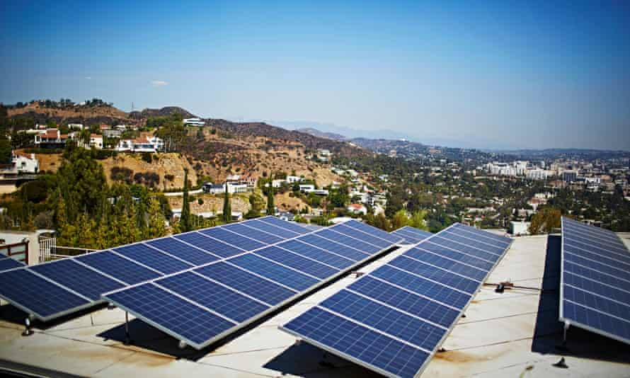 Solar panels, Los Angeles, California, USA<br>Los Angeles, California, USA --- Solar panels, Los Angeles, California, USA --- Image by © JPM/Corbis