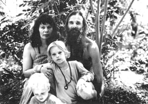 Noa Maxwell with his parents and brother Jo (bottom left) at the ashram in Poona, India, in 1978.