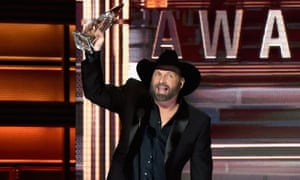 Entertainer of the year … Garth Brooks.